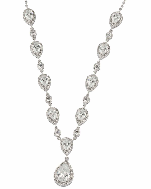 windsor necklace close up