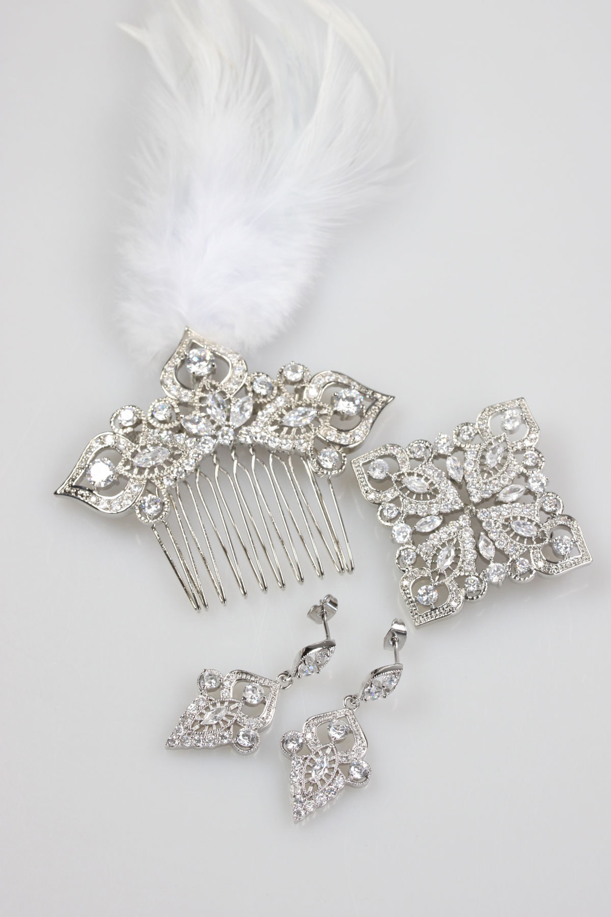 taj set hair comb, earrings, brooch