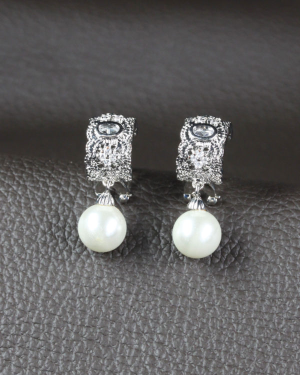 venetia bride earrings